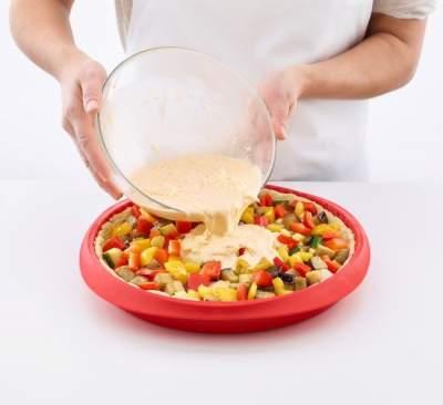 Forma silikonowa do tarty z ceramicznym dnem talerzem Duo Lekue